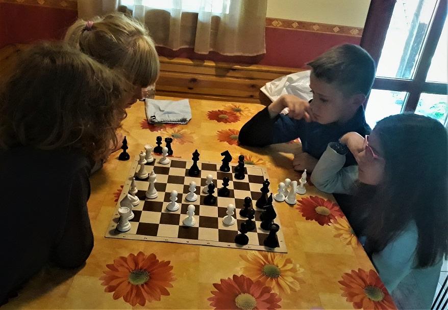 sakkmatyi online sakk gyerekeknek