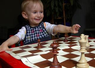5 piszok erős érv amellett, hogy megtanítsd gyermeked sakkozni már 8 éves kora előtt